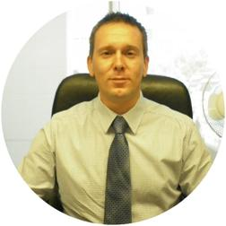 Darren  Dutton
